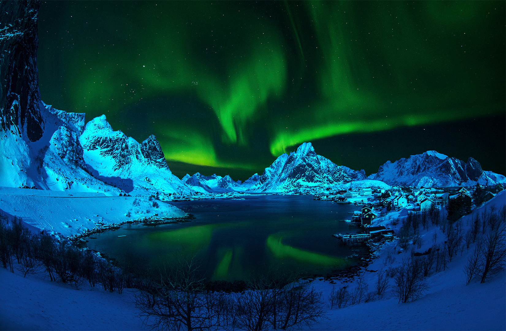 """2019 Open Colour Section """"Aurora Over Reine"""" by Kerry  Boytell EFIAP/b, MAPS: Awarded SSNEP Silver Medal"""
